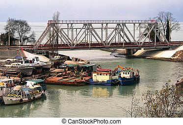 Train truss in the village Kudepsta - Railway bridge (truss)...