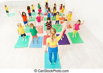 trainer, übungen, kinder, sportliche , gymnastisch