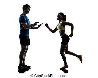 trainieren, trainer, digitaler mann, frau, jogging, tablette, gebrauchend