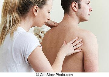 traiter, épaule, patient, femme, ostéopathe, problème, mâle