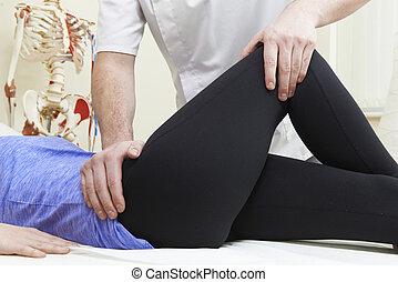 traiter, hanche, patient, ostéopathe, femme, problème, mâle