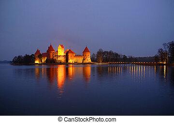 trakai, château, nuit