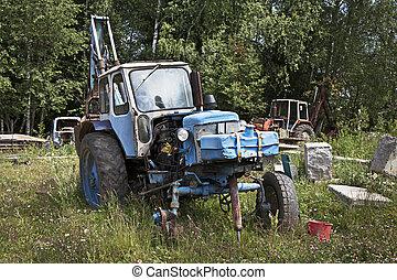 traktor, gammal, övergiven