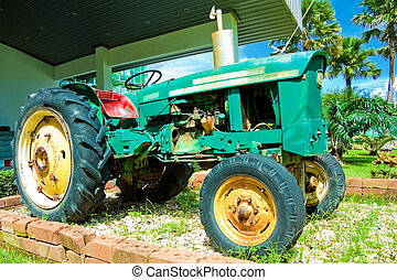traktor, gammal