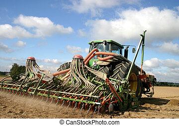 traktor, munka on, a, mező