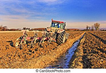 traktor, szántás, mező