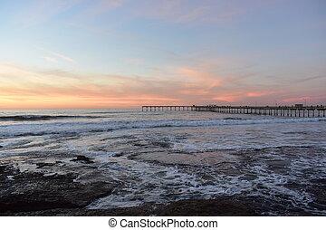 tramonto, a, oceano, spiaggia