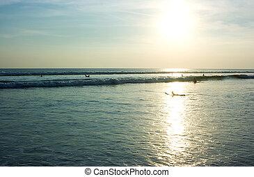 tramonto, bali, surfers