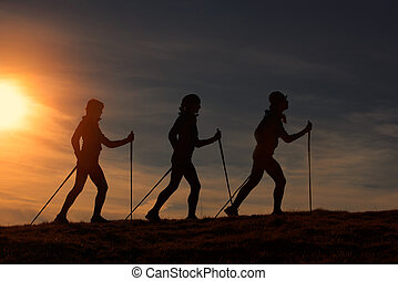 tramonto, camminare, silhouette, nordico