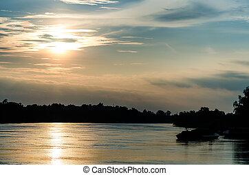 tramonto, su, il, fiume