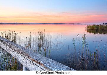 tramortire, tramonto, e, riflessioni, a, lungo, molo, nsw, australia