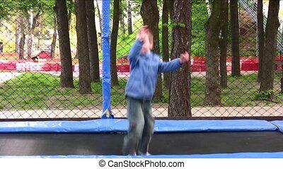 trampoline, enfant