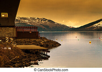 Tranquil lake cabin