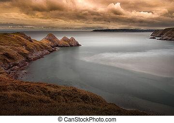 Tranquil Three Cliffs Bay