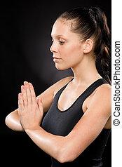 tranquillo, donna, compiendo, yoga, con, occhi chiusero
