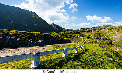 Transfagarasan road up hill to the mountain top. beautiful...