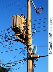 transformador, alambres, asta ligera, desordenado, distribución