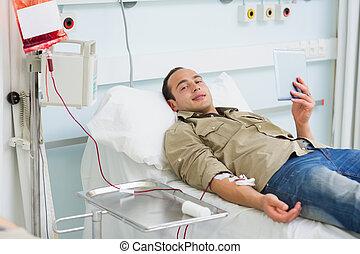 transfused, 病人, 拿一小塊, 電腦