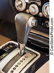 transmission, voiture, moderne, détail, foyer, closeup, interior., automatique, sélectionner
