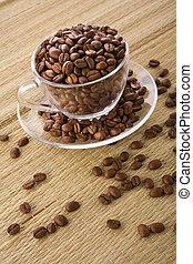 transparente, taza, con, café, granos, en, un, plano de fondo, de, un, estera