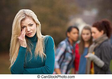 transtorne, menina adolescente, com, amigos, fofoque, em,...