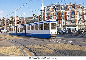 tranvía, conducción, en, amsterdam, el, países bajos