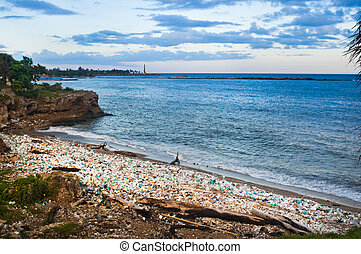 Trash-strewn beach - Trash strewn beach, Santo Domingo,...