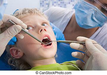 tratamento dental