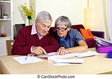 tratar, financiero, familia , condes, cuentas, 3º edad