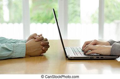 trattativa, ufficio., due mani, uomo affari, afferrato