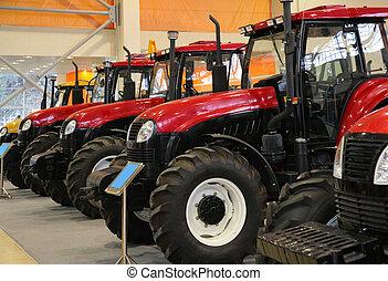 trattori, su, mostra