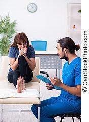 traumatologist, επίσκεψη , γιατρός , αδικώ , δάκτυλο , ...
