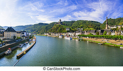 Travel and landmarks of Germany - medieval town Cochem