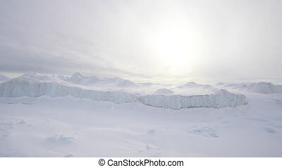 Travel In the ice , Arctic
