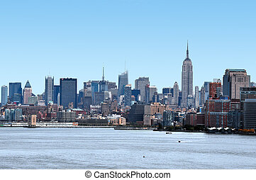 Travel Photos of New York - Manhattan - Manhattan skyline as...