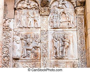 outdoor low relief on gate of Basilica di San Zeno