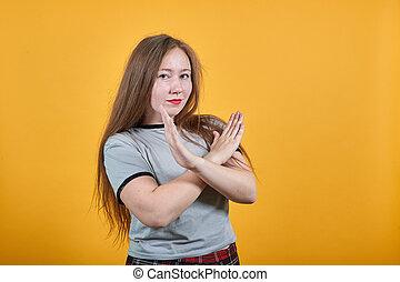 traversé, caucasien, mains, femme, garder, non, séduisant, geste