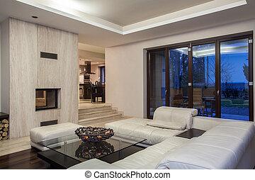 Travertine house - spacious living room