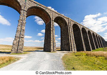 trayectoria, primero, ferrocarril, arcos, viaducto,...