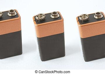 tre, batterier