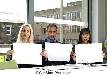 tre, lavorante, in, uno, riunione affari