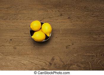tre, limoni, in, uno, ciotola metallo