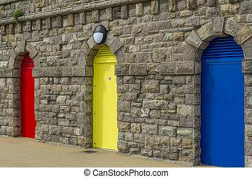 tre, porte, colorato