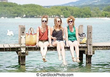 tre, unga kvinnor, göra, turism