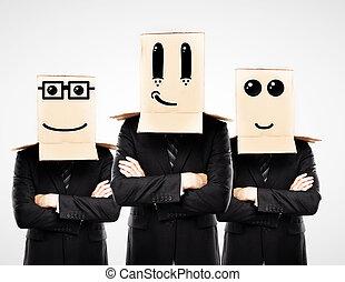 tre, uomo, con, felice, scatola