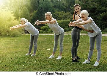treinamento, treinador, senhoras, ao ar livre, sênior, amigável