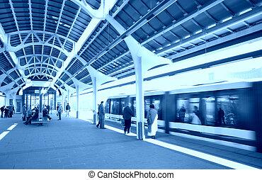 treine estação