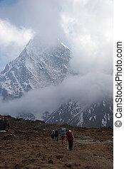 trekkers, nepal, himalayas