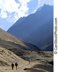 trekking, su, il, montagna