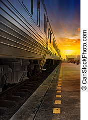 trem, passagem, em, laranja, pôr do sol